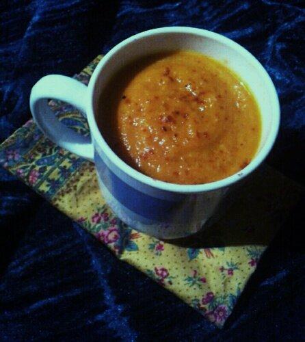 Velouté de carottes au lait de coco, anis et gingembre