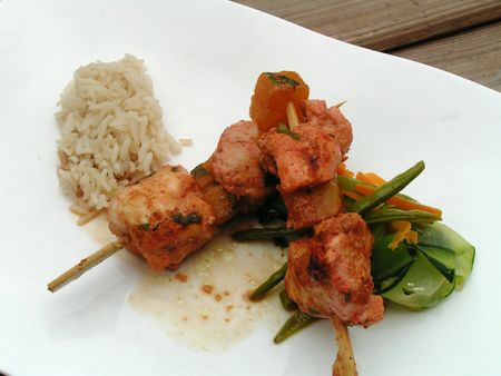 Brochettes de poulet Madras et tagliatelles de lgumes sauce tandoori (3)