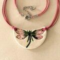 Les libellules pendentifs de.......