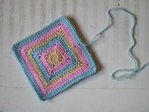 bidouille_crochet_2012_01_carre-lapin-01