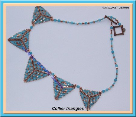 collier_triangles__bleus___B