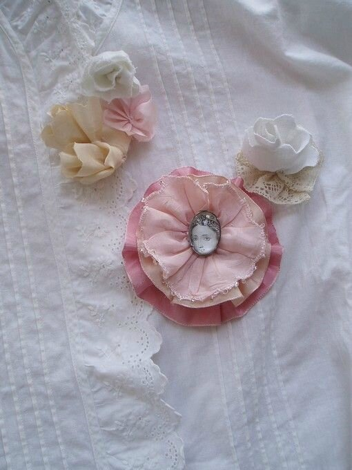 broches shabby Marimerveille
