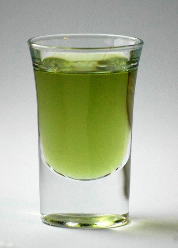 Schnapsglas_grüner_Chartreuse copie