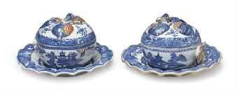 an_assembled_pair_of_chinese_export_blue_and_white_pomegranate_tureens_d5527831h
