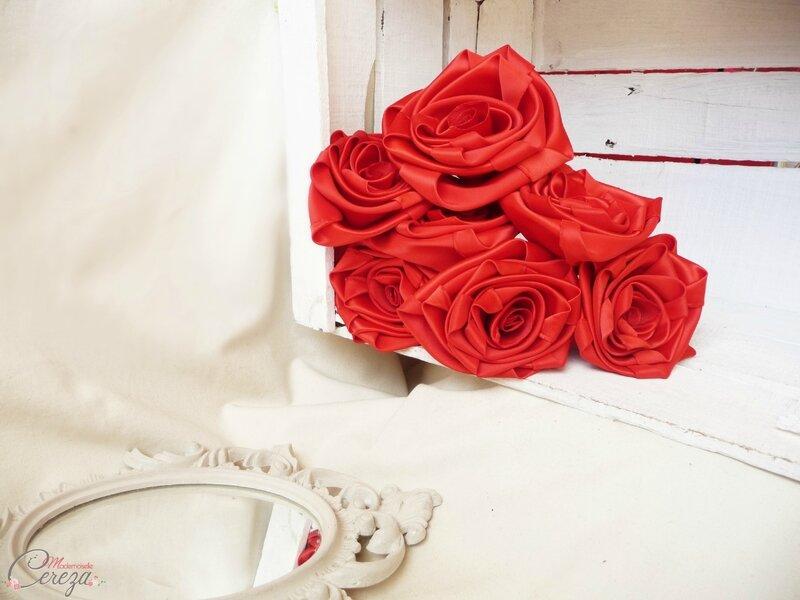 roses satin rouge pour bouquet mariée broches bijou cereza mademoiselle