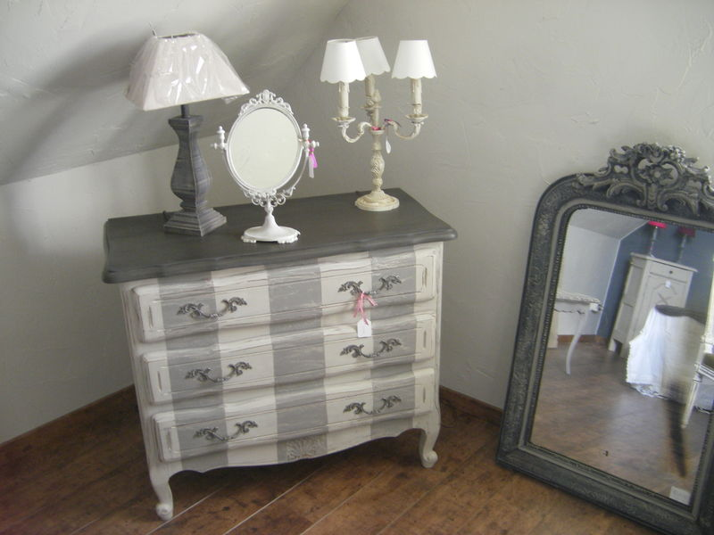 Commode rayee patines cie - Commode gris anthracite ...