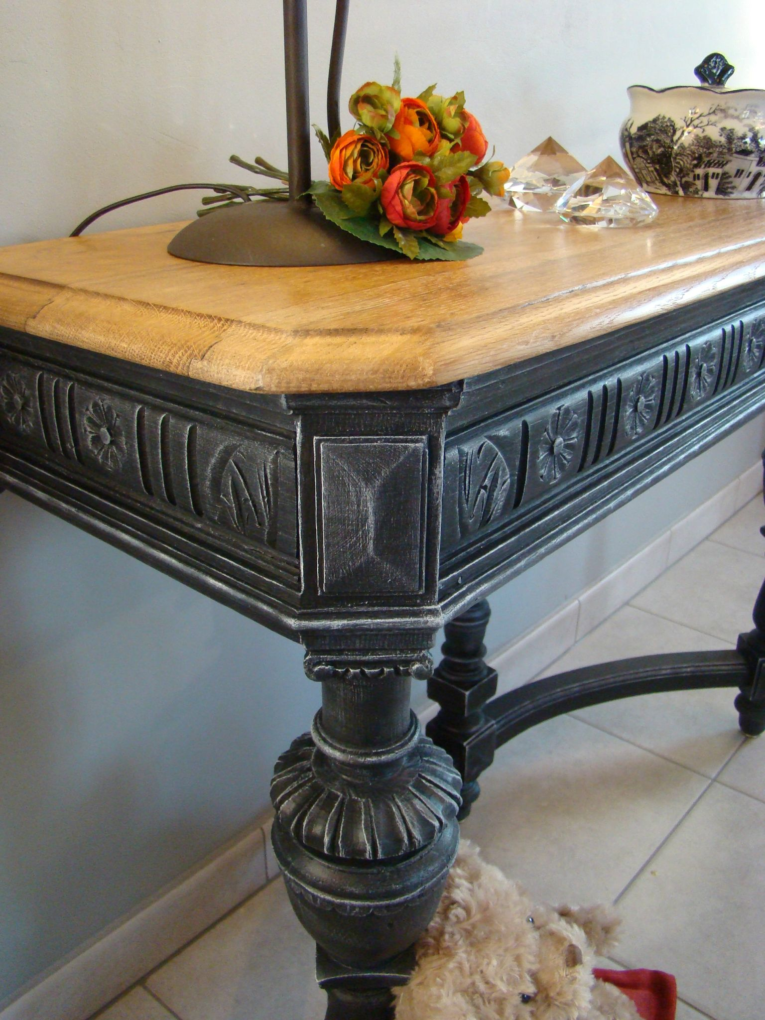 Console t te de lion patin e relooking meubles int rieur for Lions du meuble