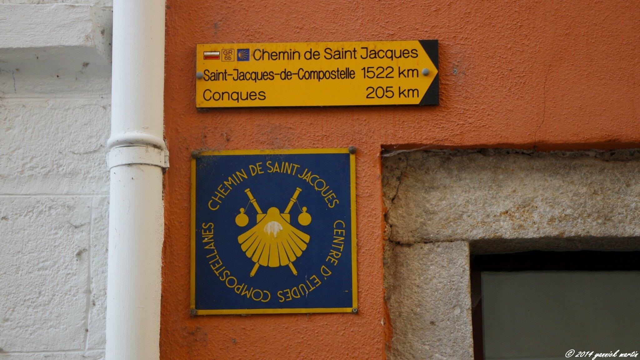 Sur le chemin de saint jacques de compostelle le puy en - Office du tourisme saint jacques de compostelle ...