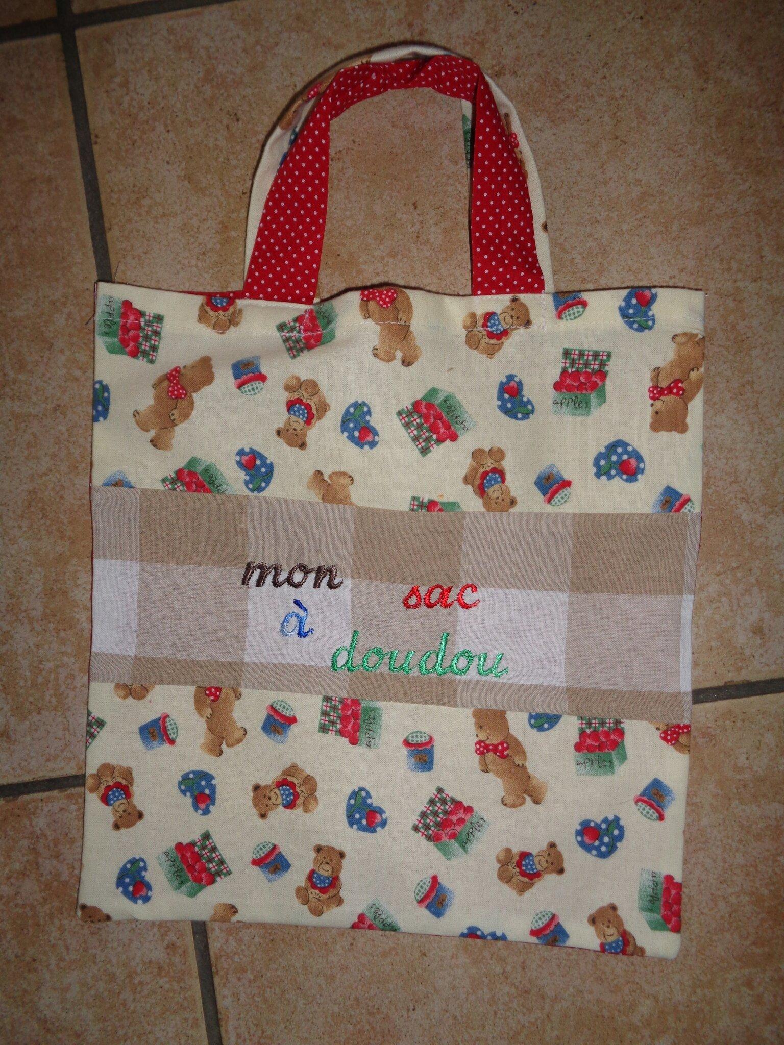 2) sac à doudou