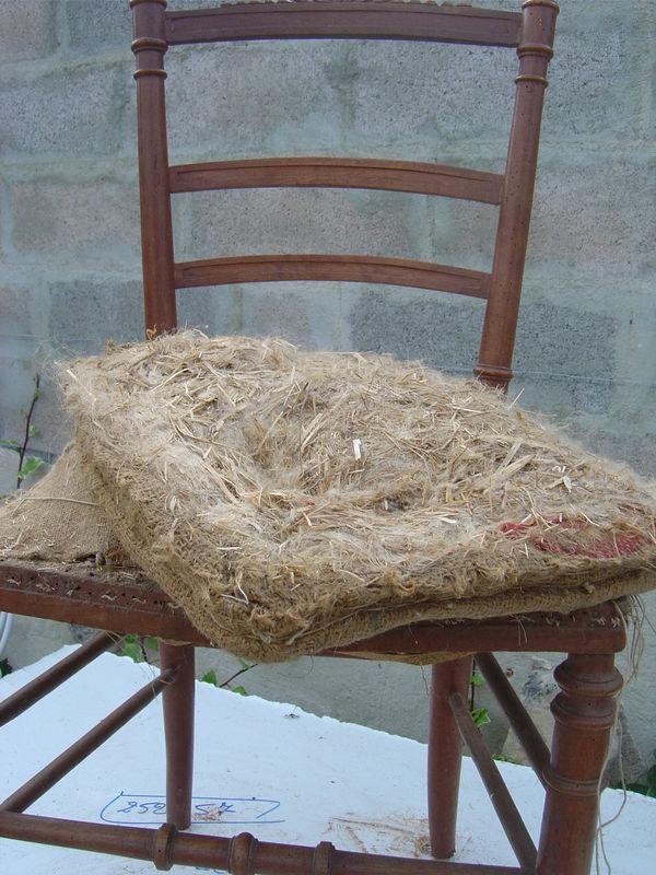 premi re r novation de chaise ancienne cottage et patine le blog. Black Bedroom Furniture Sets. Home Design Ideas