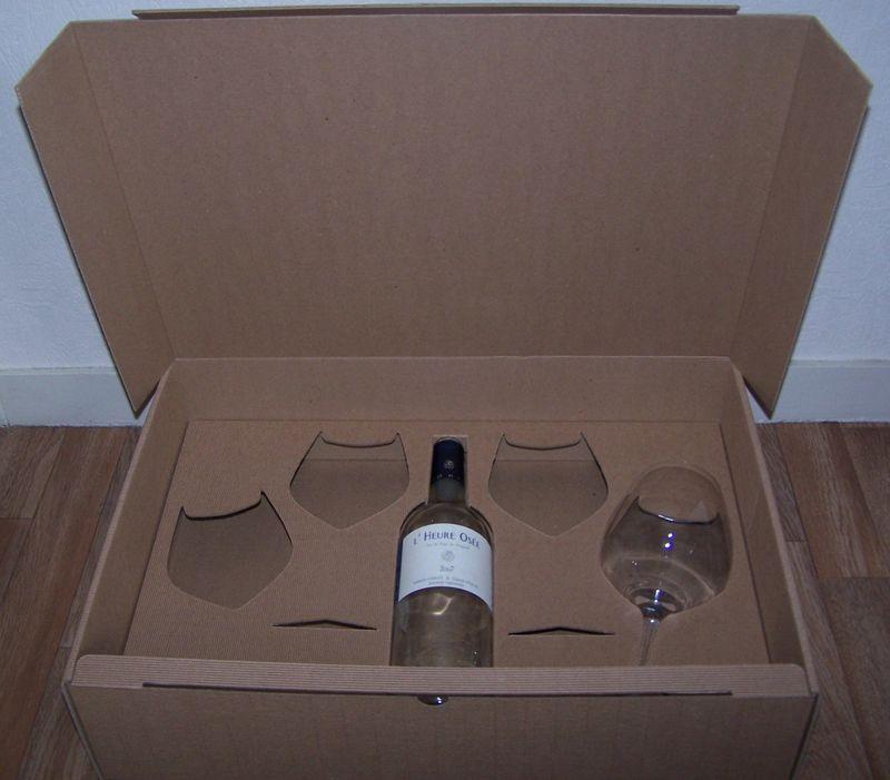 coffret carton 1 bouteille et 4 verres att packaging des emballages optimis s au meilleur co t. Black Bedroom Furniture Sets. Home Design Ideas
