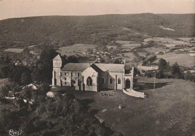 CPM Ronchamp Notre-Dame du Haut 1950