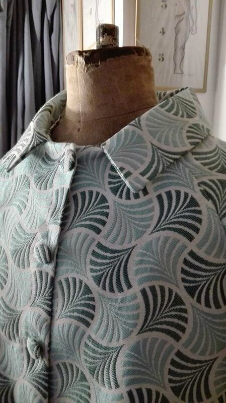 Veste VICTORINE en toile polyester turquoise - Doublure de satin gris perle (10)