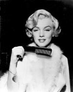 film-niag-marilyn_monroe_beautiful_lady_popular_fur_coat