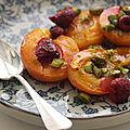 Abricots rôtis aux mirabelles et aux framboises