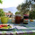 Petit déj. sur la terrasse de Sermet à SELIMIYE