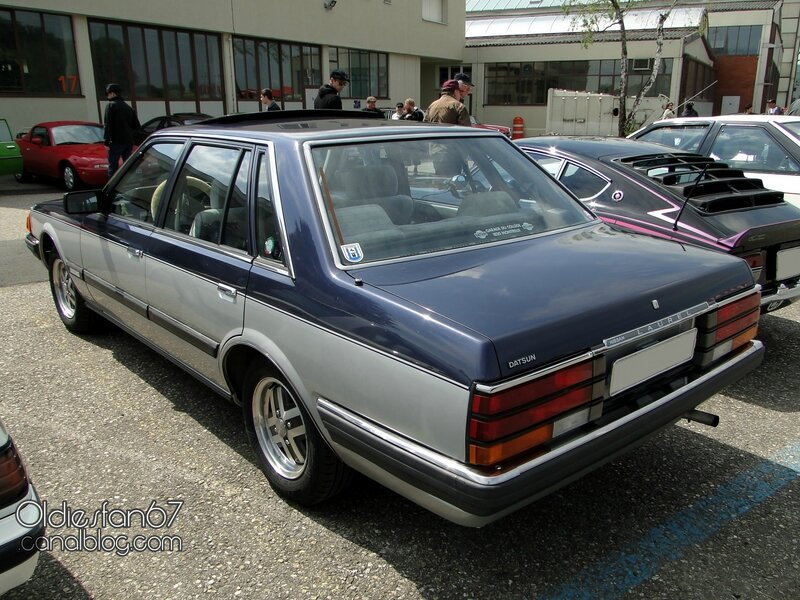 nissan-laurel-c31-sedan-1980-1984-02