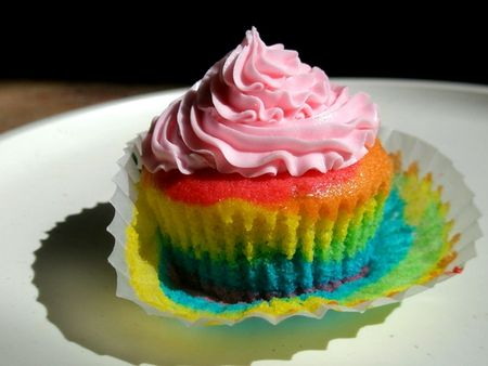 cupcakes_rainbow_cupcake_pink_frosting