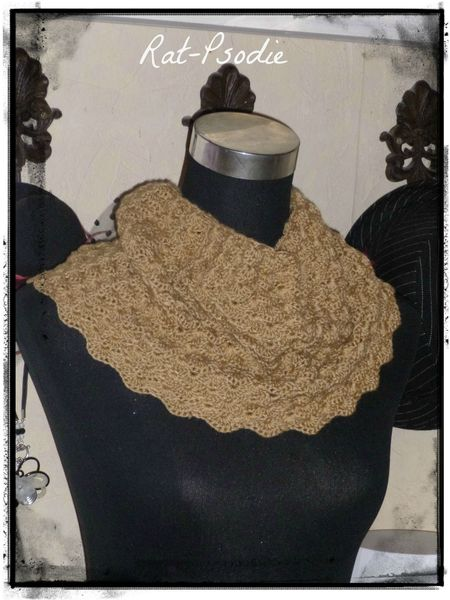 snood caramel