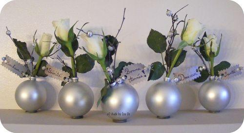Recyclage Divers: vases-soliflores en boules de sapin de Noël