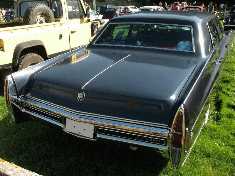 CadillacSixtySpecialFleetwood1968ar1