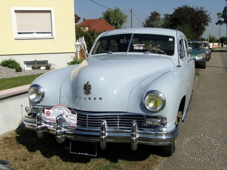 Frazer manhattan 4door sedan 1948 31e Randonne Internationale des Vendanges de Rustenhart 2011 1