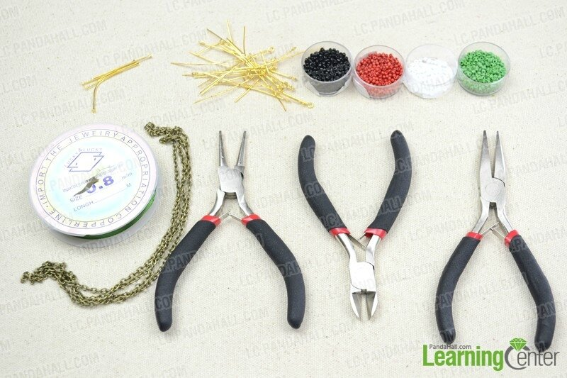 Seed-Bead-Necklace-Tutorial-–-How-to-Make-a-Seed-Bead-Necklace-materials