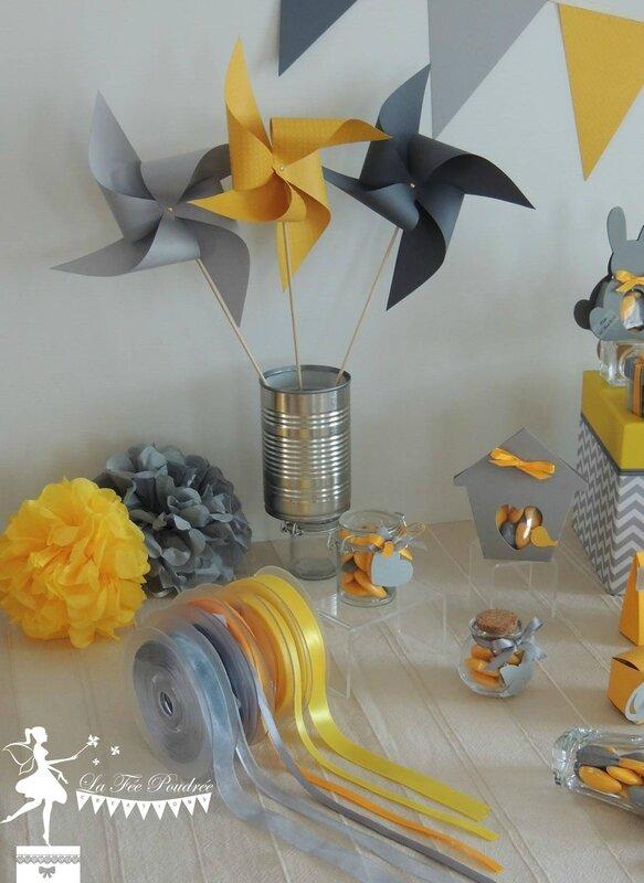 moulin à vent jaune gris décoration mariage baby shower baptême ruban satin organza