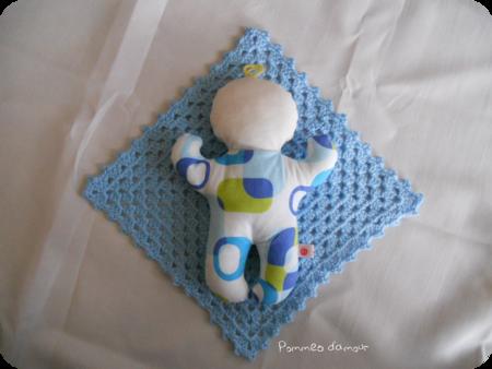 babydoo pop bleu couv rond