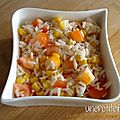 Salade de riz mas surimi et tomate