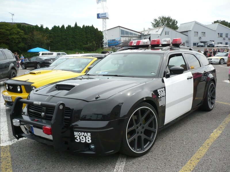 DODGE Magnum look Military Police Sinsheim (1)