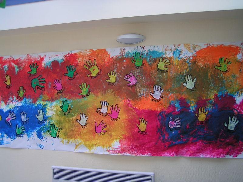 Premiers ateliers peinture ps le tour de ma classe - Peinture main enfant ...