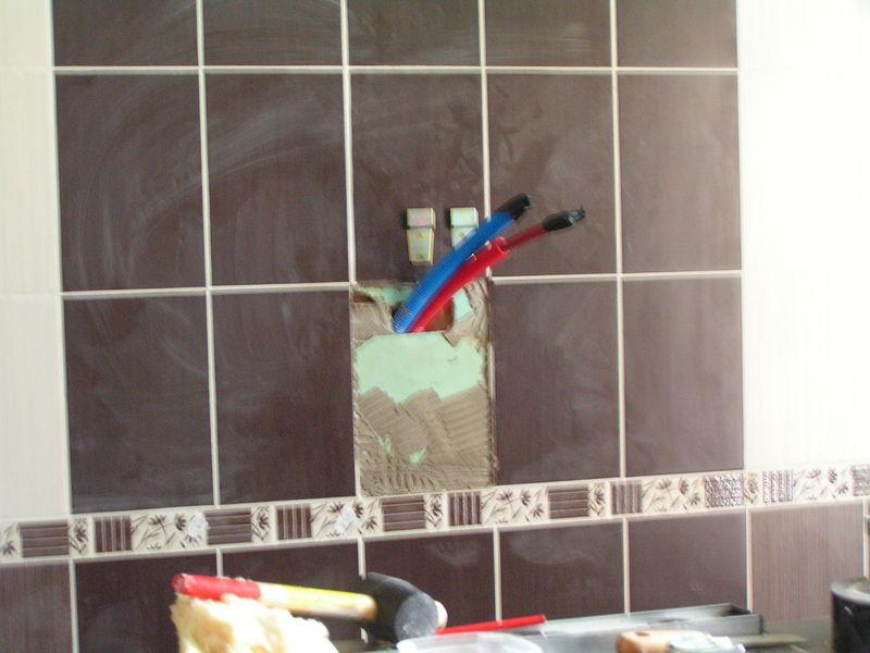 Continuation pose de la douche renovation de notre for Installer colonne de douche