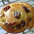 croissants, pains au chocolat et pains aux raisins et pépites de chocolat (33)