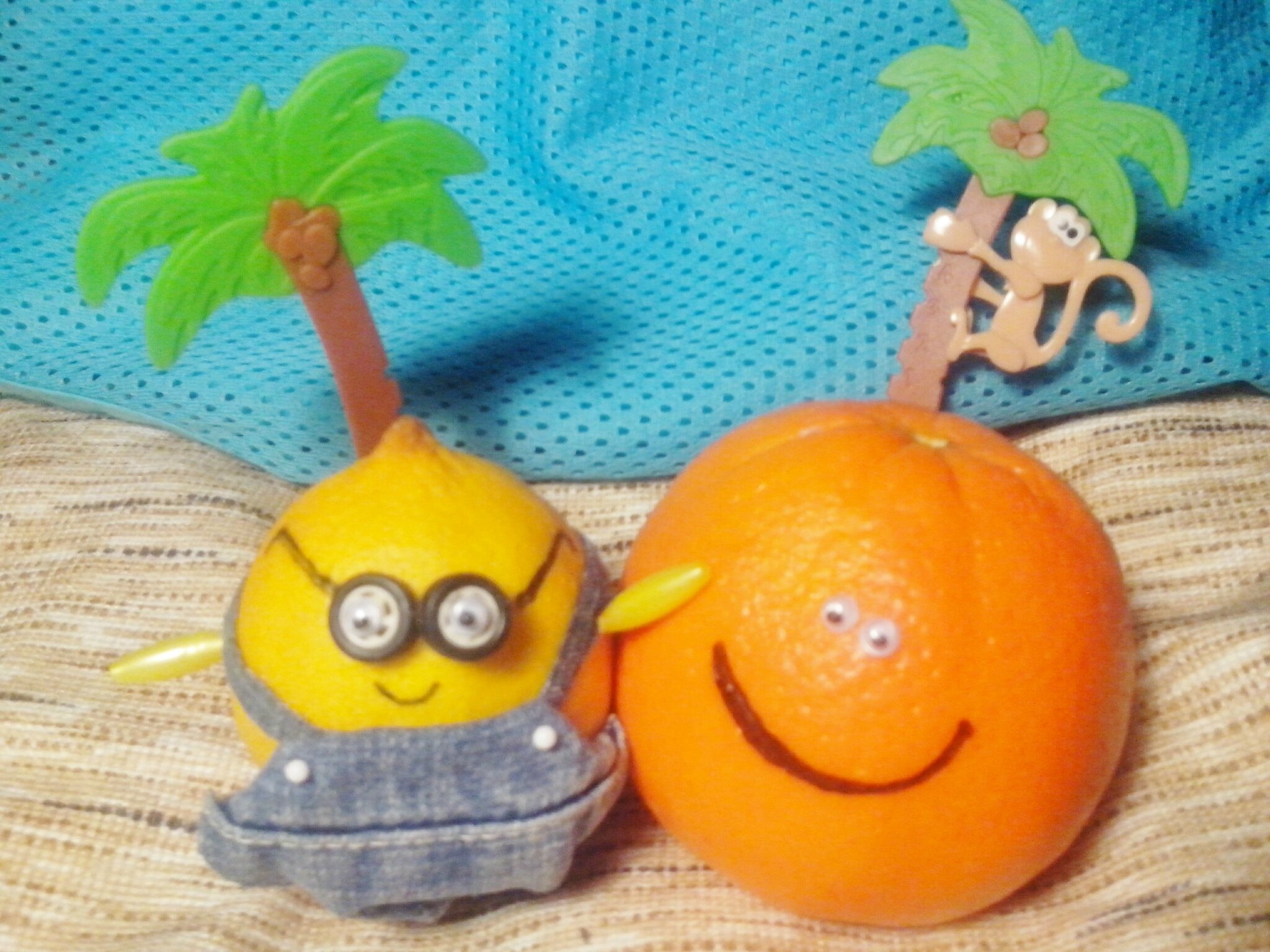 Moi, Moche et citron, Jude Citron et Orange Presslé.
