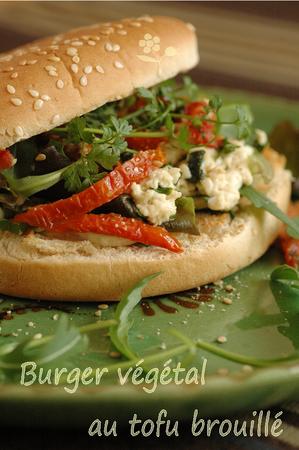 Burger_vegetal_au_tofu_soyeux_brouille_2