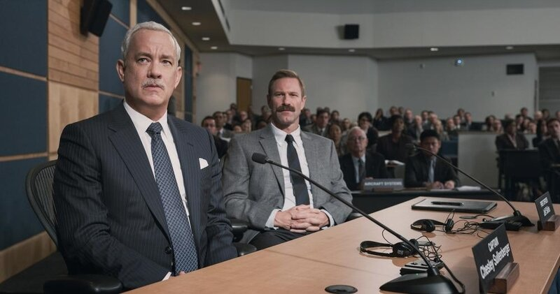 Sully-clint-eastwood-tom-hanks-USP-FP-0073r