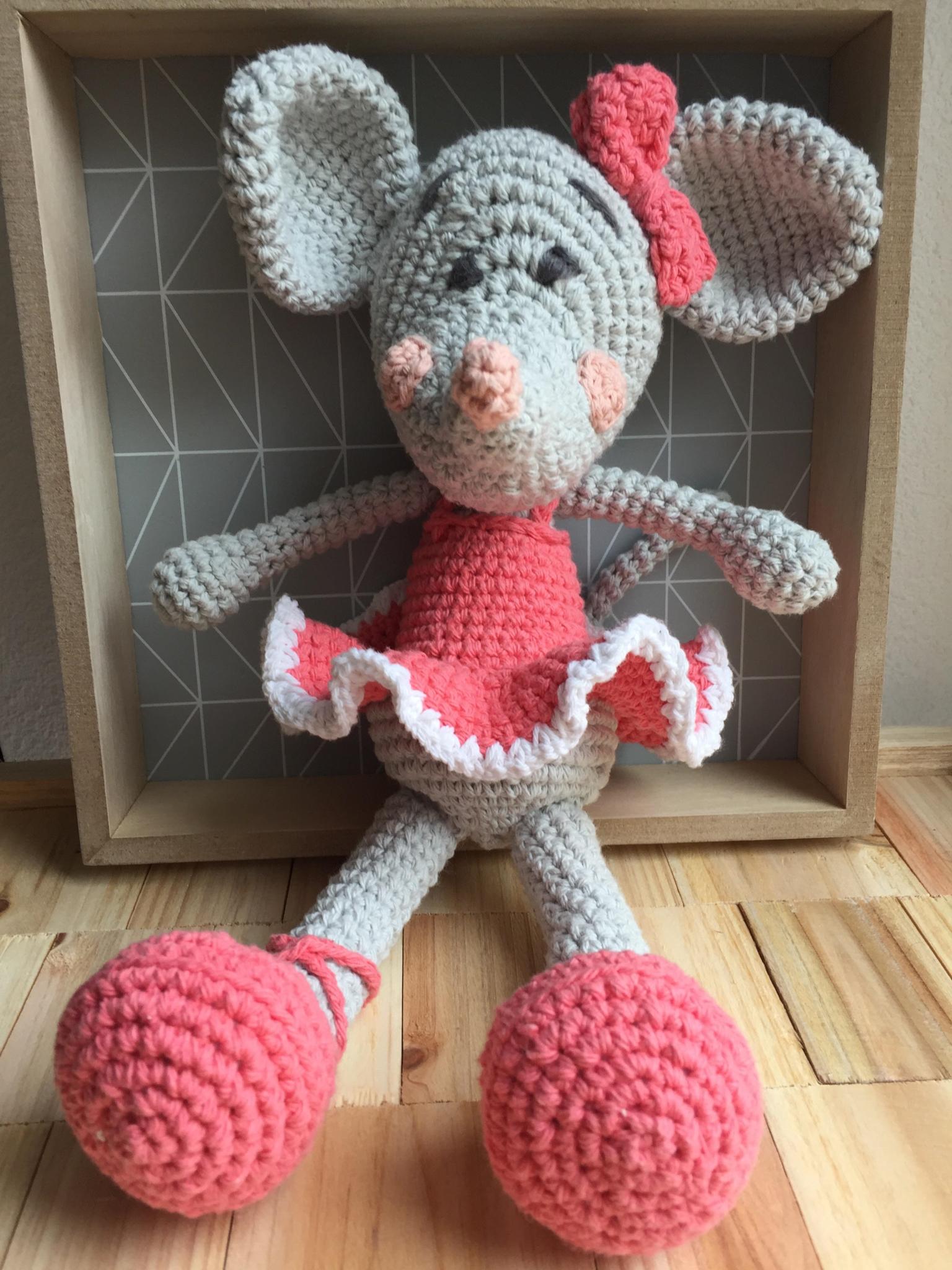 souris ballerine amigurumi en crochet