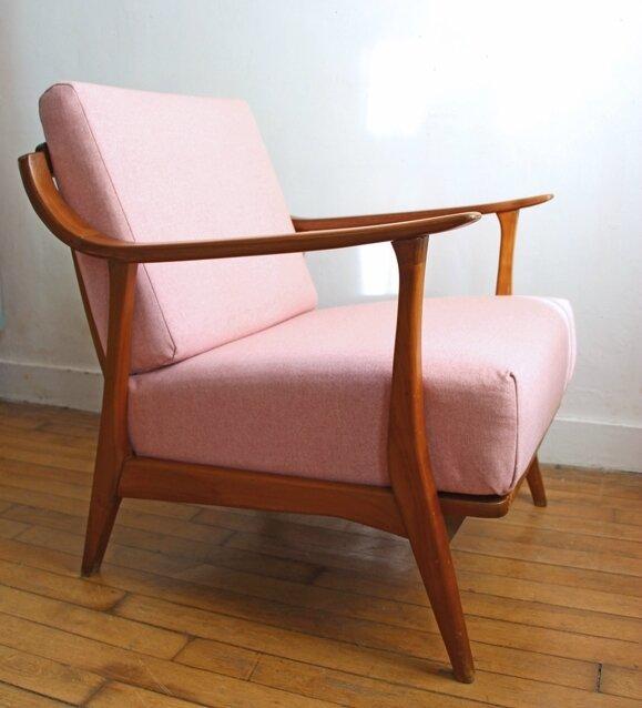 fauteuil-vintage-rose-cote-gauche
