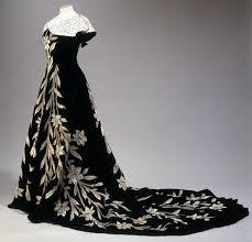 robe aux lys