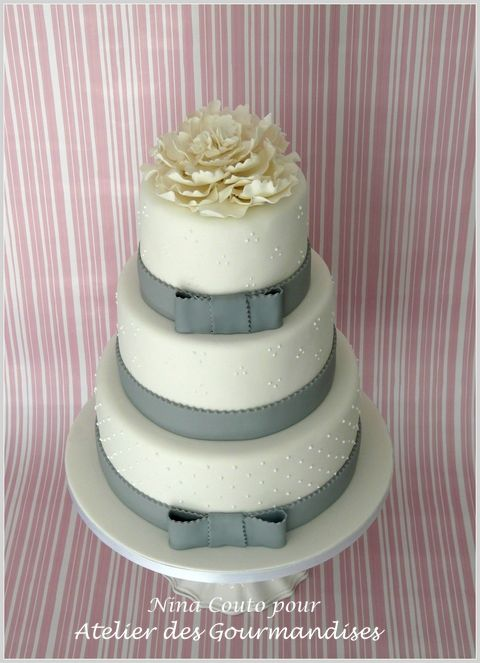 Wedding cake blanc et Gris 1