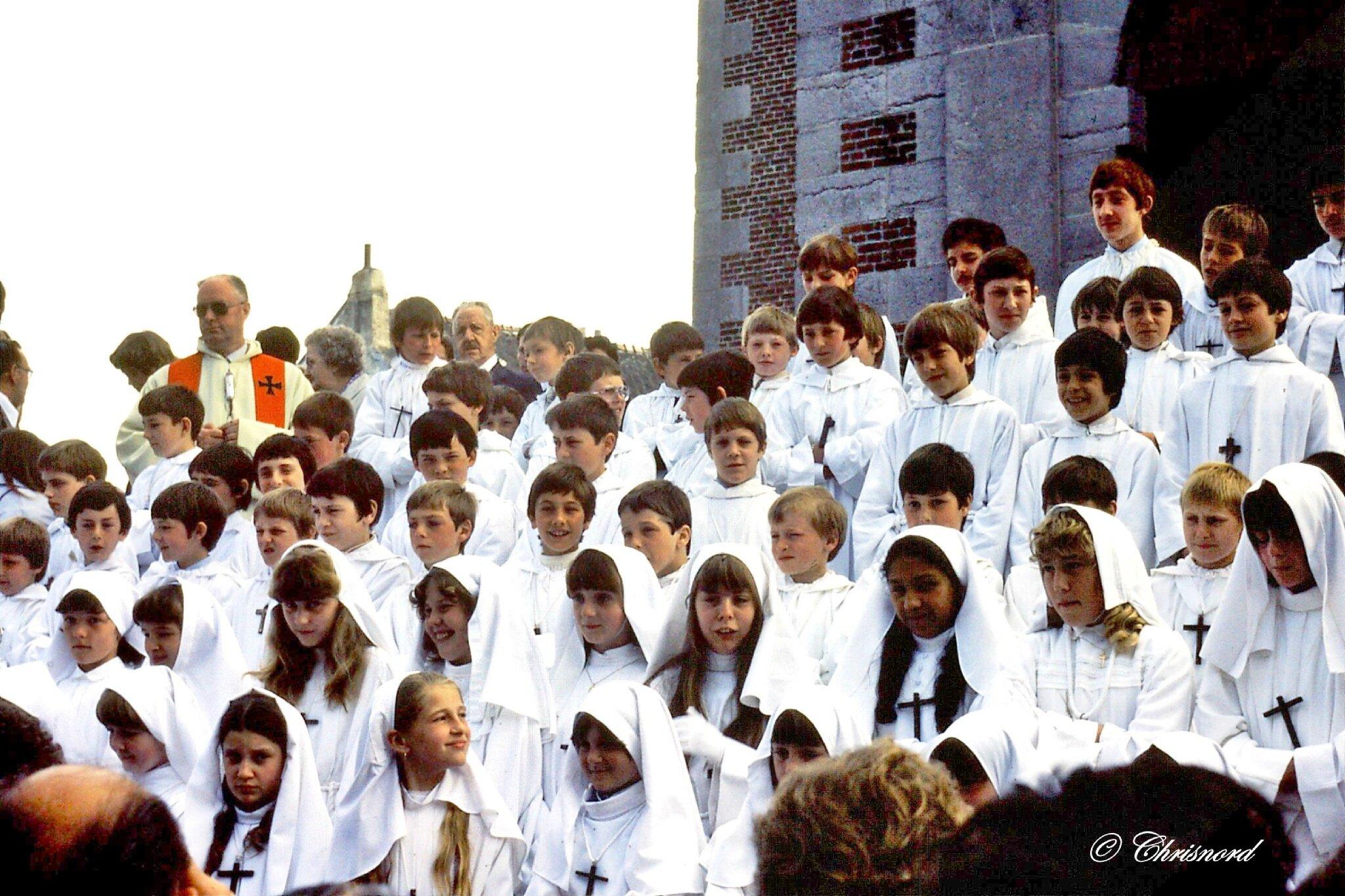 1981 (4)