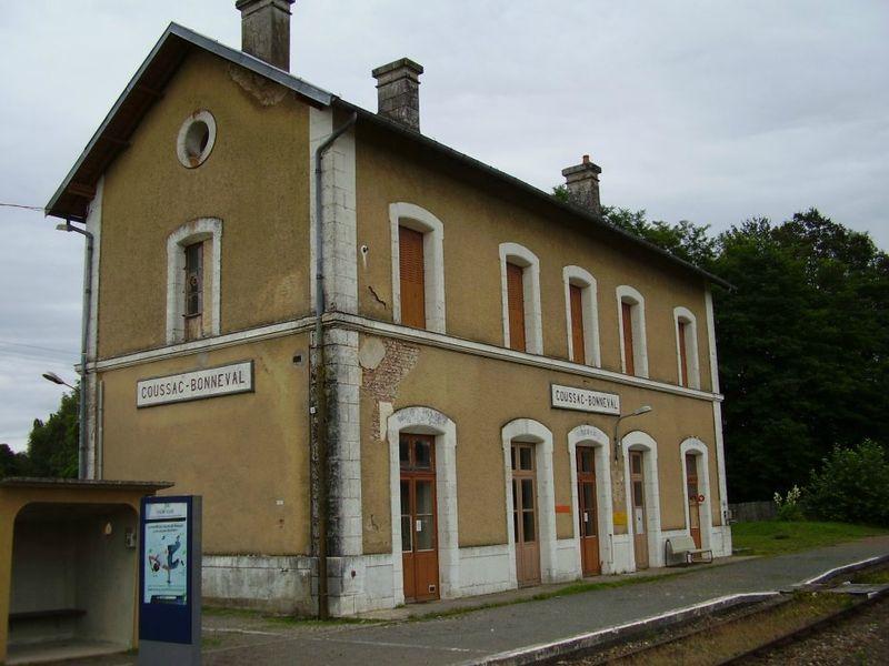 Gare de coussac bonneval dordogne gares et trains - Cote cour cholet ...