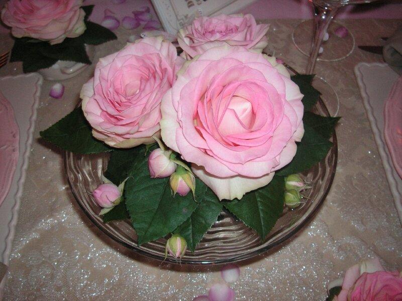 Table rose f te des m res 039 photo de table rose f te des m res a table c t d co - Deco table de fete ...