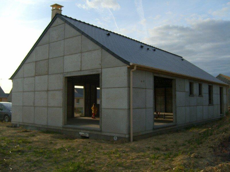 10 la toiture okay ducky for Budget construction maison par poste