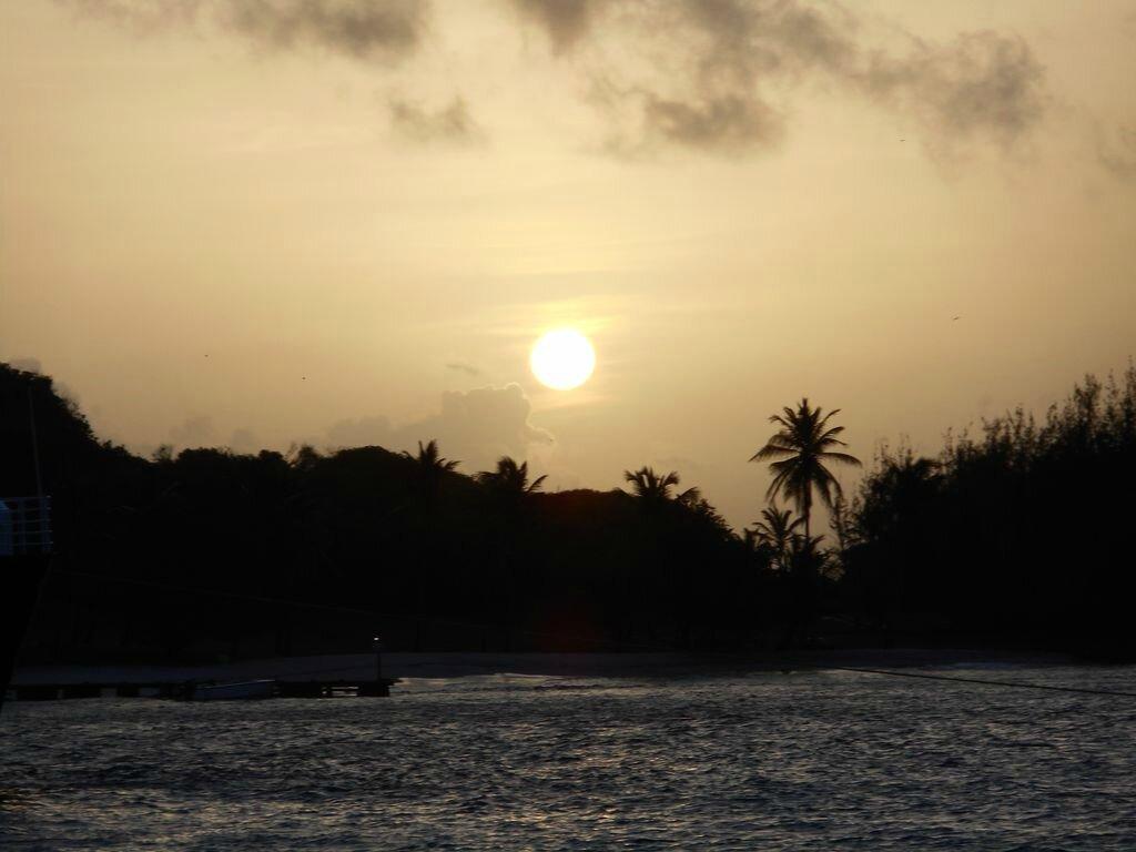 lever de soleil sur Petit St Vincent