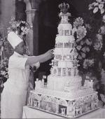 1956-grace-kelly-wed-cake