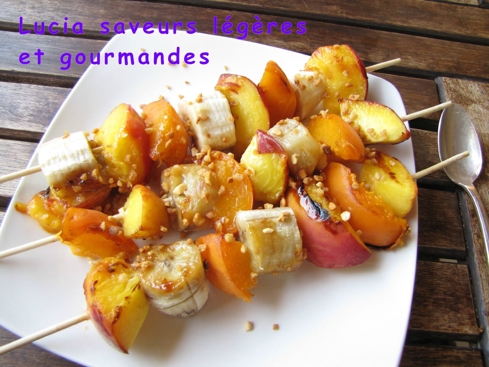 brochette-de-volaille-aux-fruits