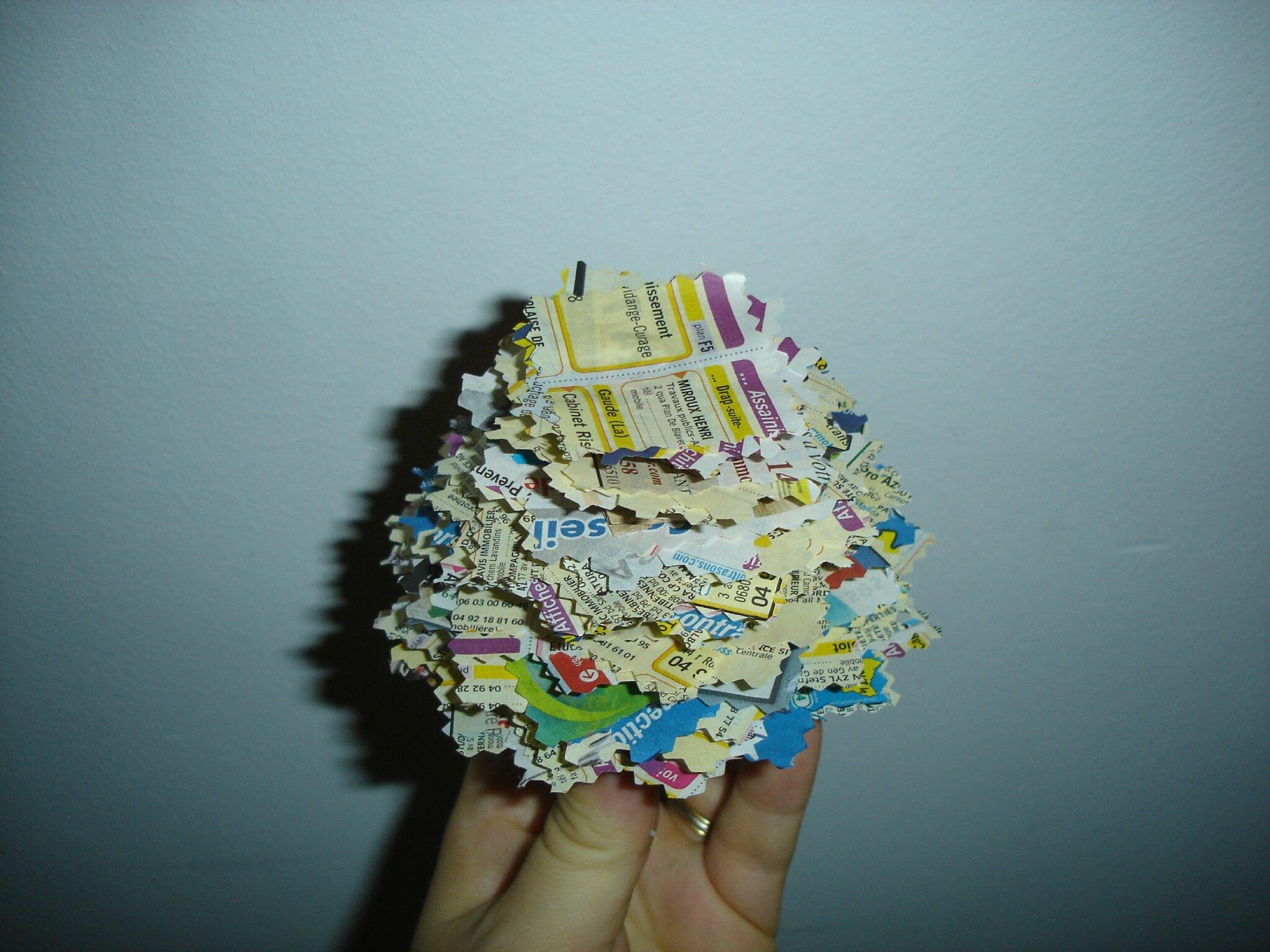 Sapin de no l en papier sandrine dans tous ses tats - Activites manuelles recyclage ...