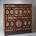 Meuble cabinet en bois exotique et incrustation de burgo, vietnam, fin du xixème siècle